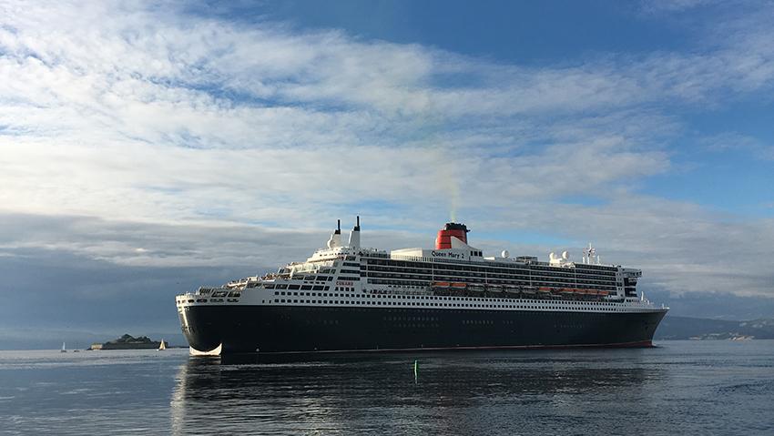 Havets gigant. 320 meter lange Queen Mary 2 gjester Trondheim i august 2016. Foto: Trondheim Havn
