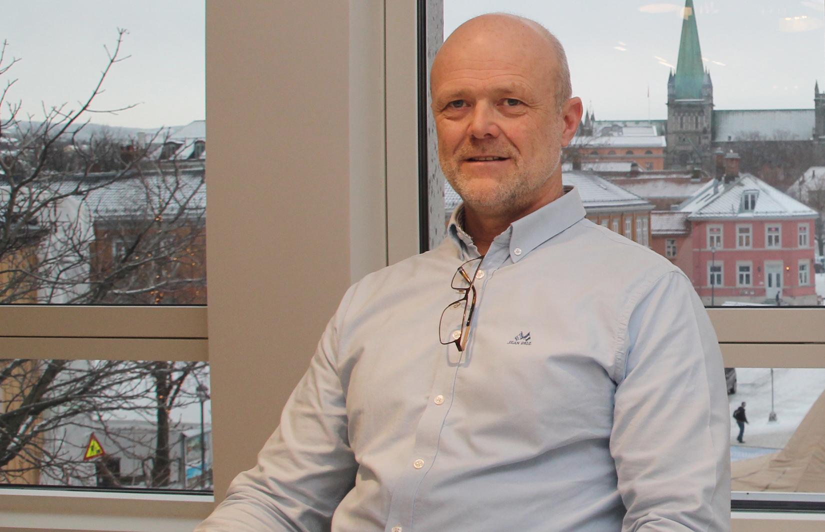 Overblikk. Administrerende direktør Svein Erik Nordbotten i nye lokaler i Kongens gate på Torvet.