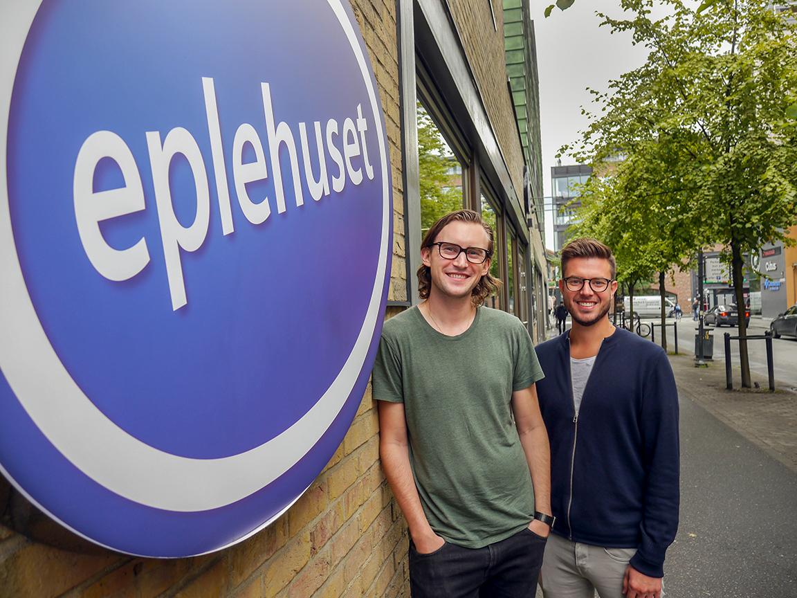 16 år med vekst. Merkevaredirektør Marius Brevik, og administrerende direktør Espen Berger i Eplehuset.