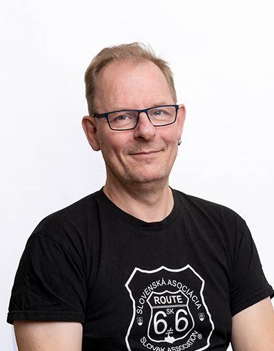 Jan-Åke+Larsson+-+Produksjonsteknisk+Leder+-+A7M03760_opt.png