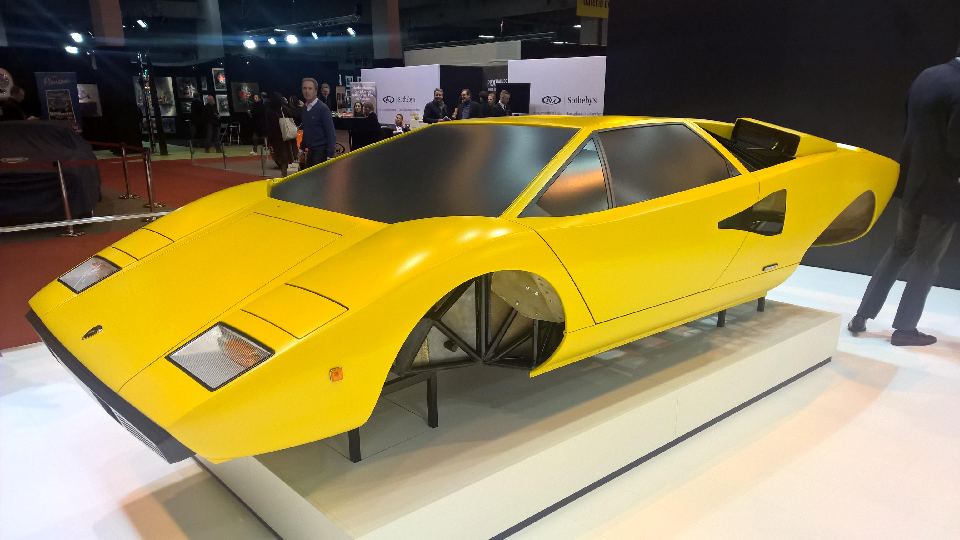 70-tallets største bilikon? Lamborghini Countach LP400, med sitt avanserte rør-ramme chassis godt synlig.