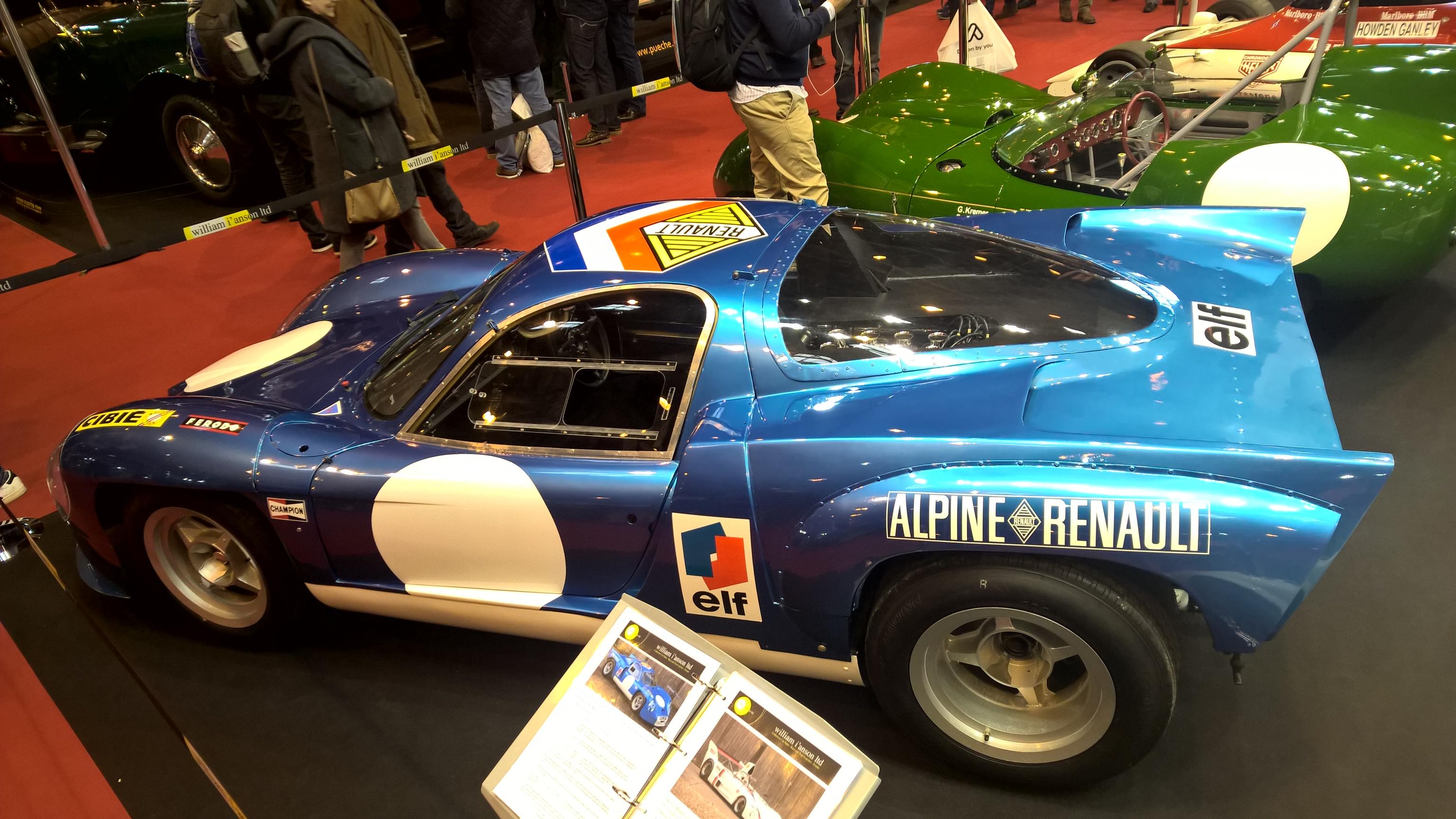 Steintøff Alpine A220 som deltok på 24-timers løpet på Le Mans i 1968, med 3-liters Renault-Gordini V8 innabords, for å møte den nye 3-liters grensen som gjaldt for prototyper i 1968.