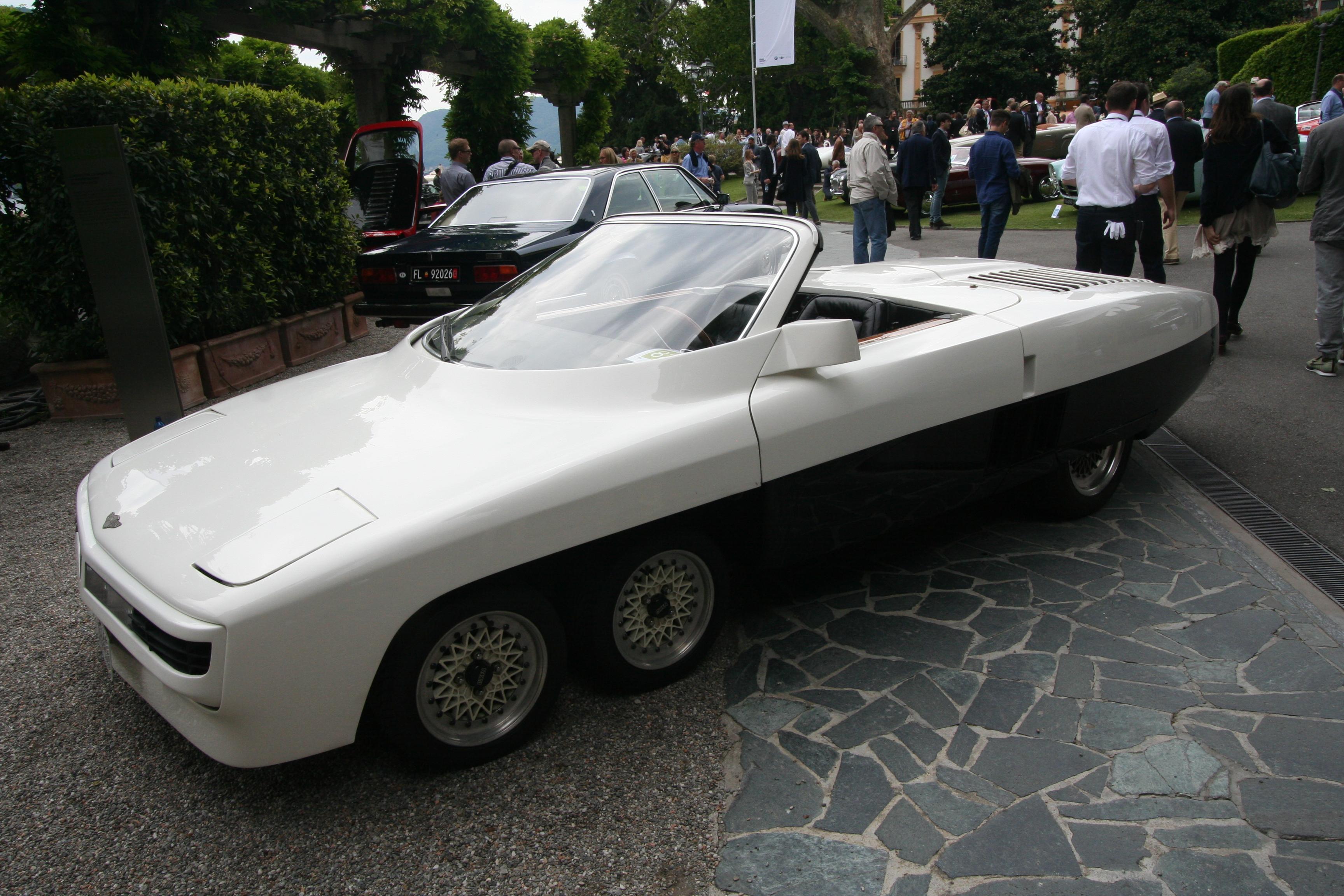 En superbil man svært sjelden får oppleve. Kun to eksemplarer ble bygget, og den ene har vært stuet bort i midt-østen i 25 år.