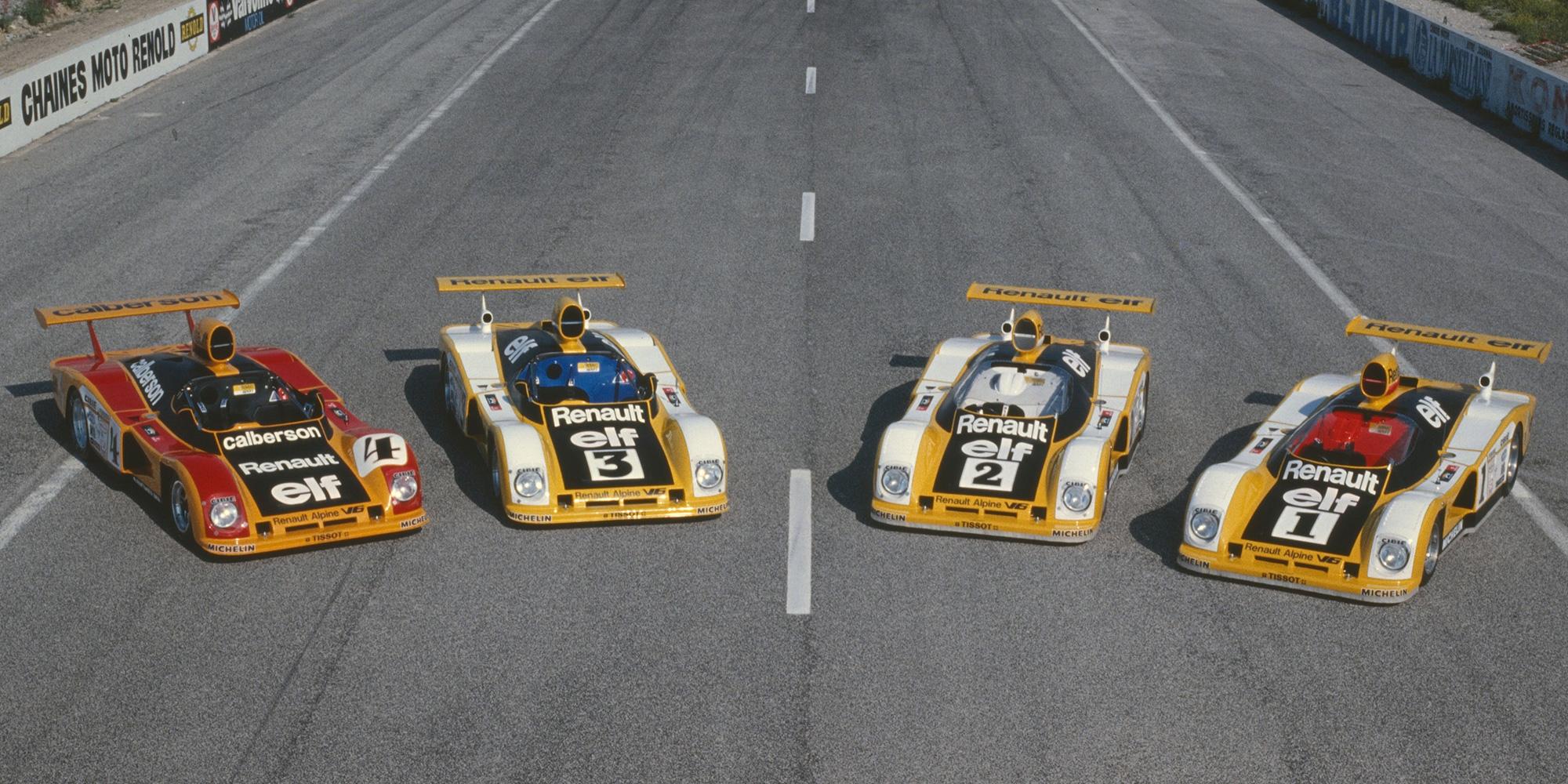 PR-foto som viser alle fire Renaultene før Le Mans i 1978.