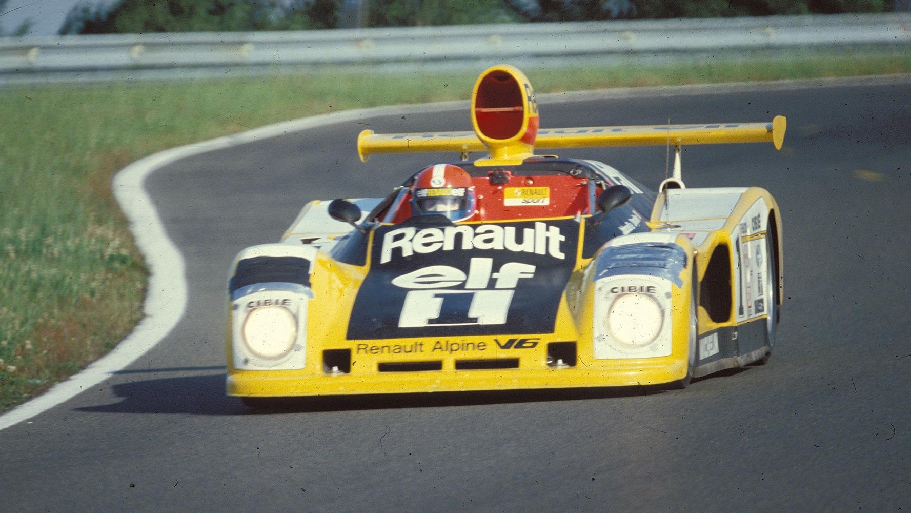 Jean-Pierre Jabouille i sin A443 under Le Mans 1978. Legg merke til enhver mekanikers beste venn: Duct Tape.