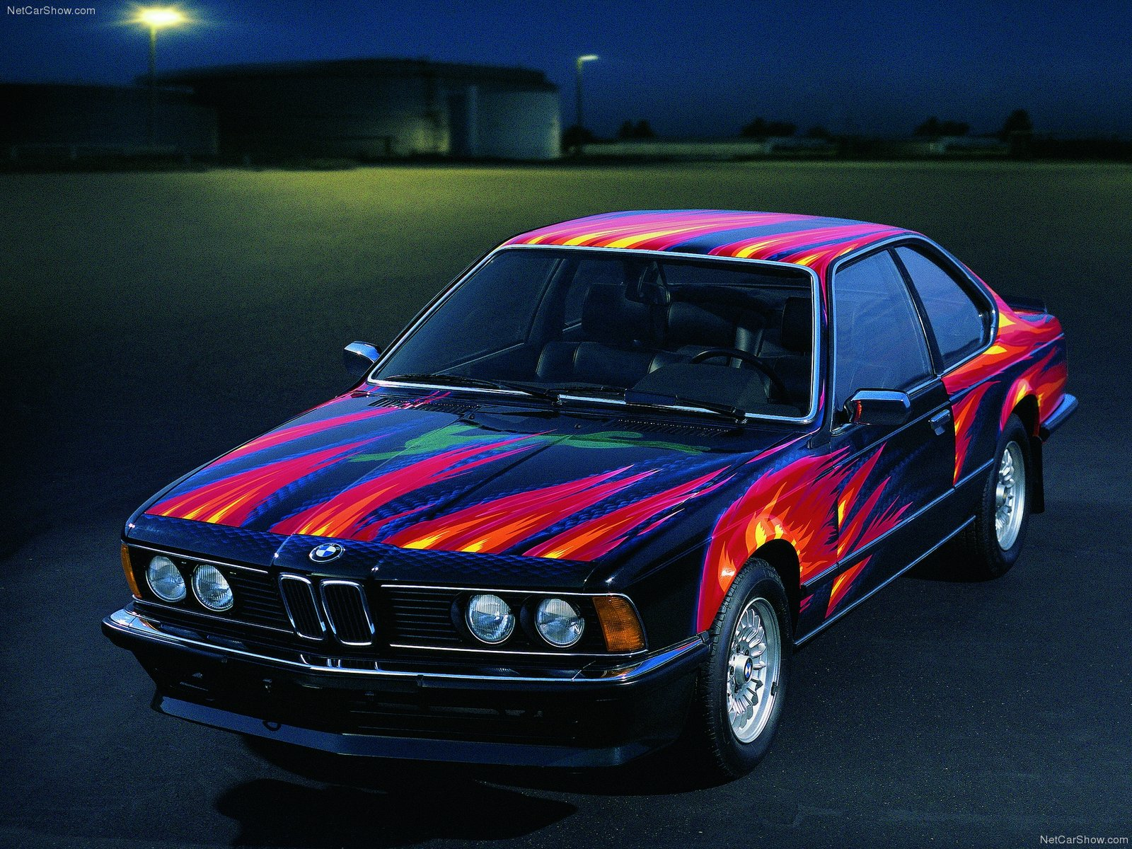 "1982 BMW 635 CSi ""art car"" av Ernst Fuchs"
