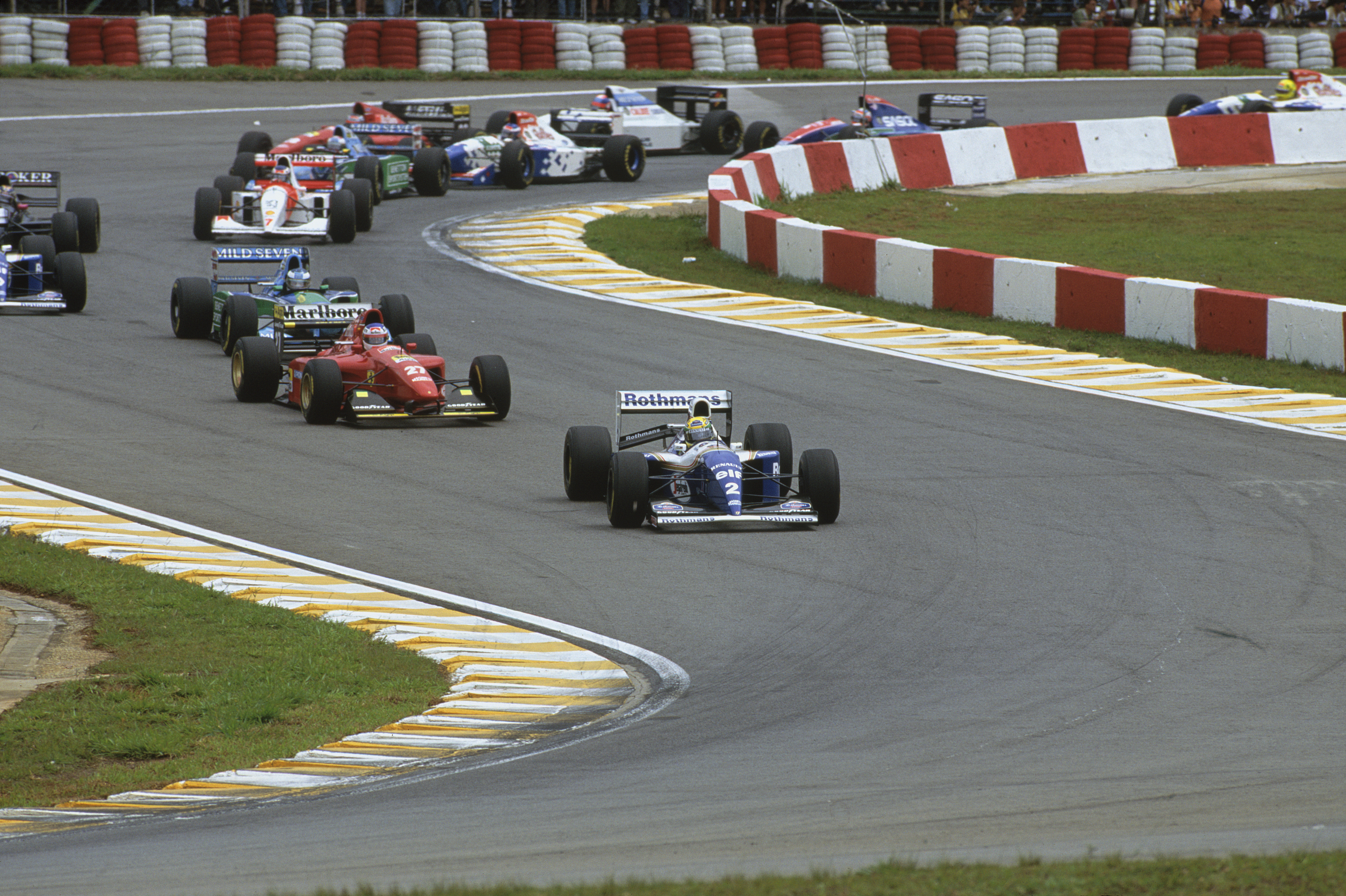 Senna leder fra Pole i Brasil GP 1994, foran Alesi og Schumacher. Foto: Williams