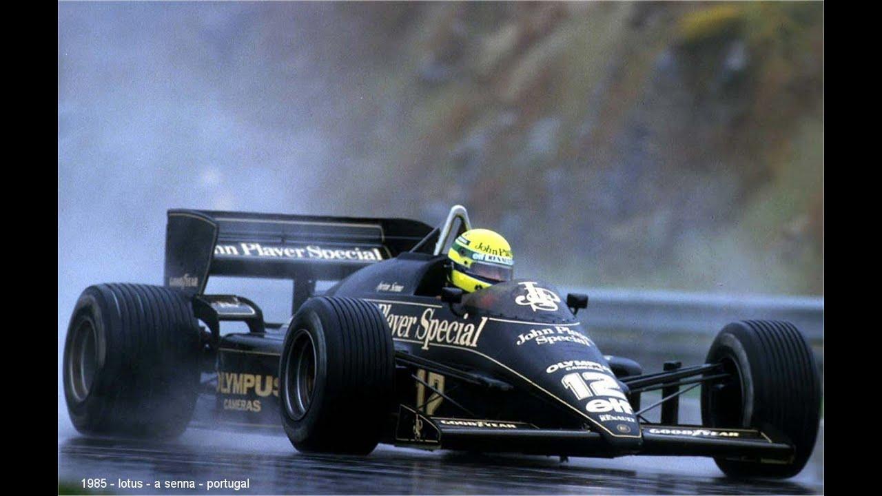 Senna på vei mot sin første seier under forferdelige forhold på Estoril i 1985.