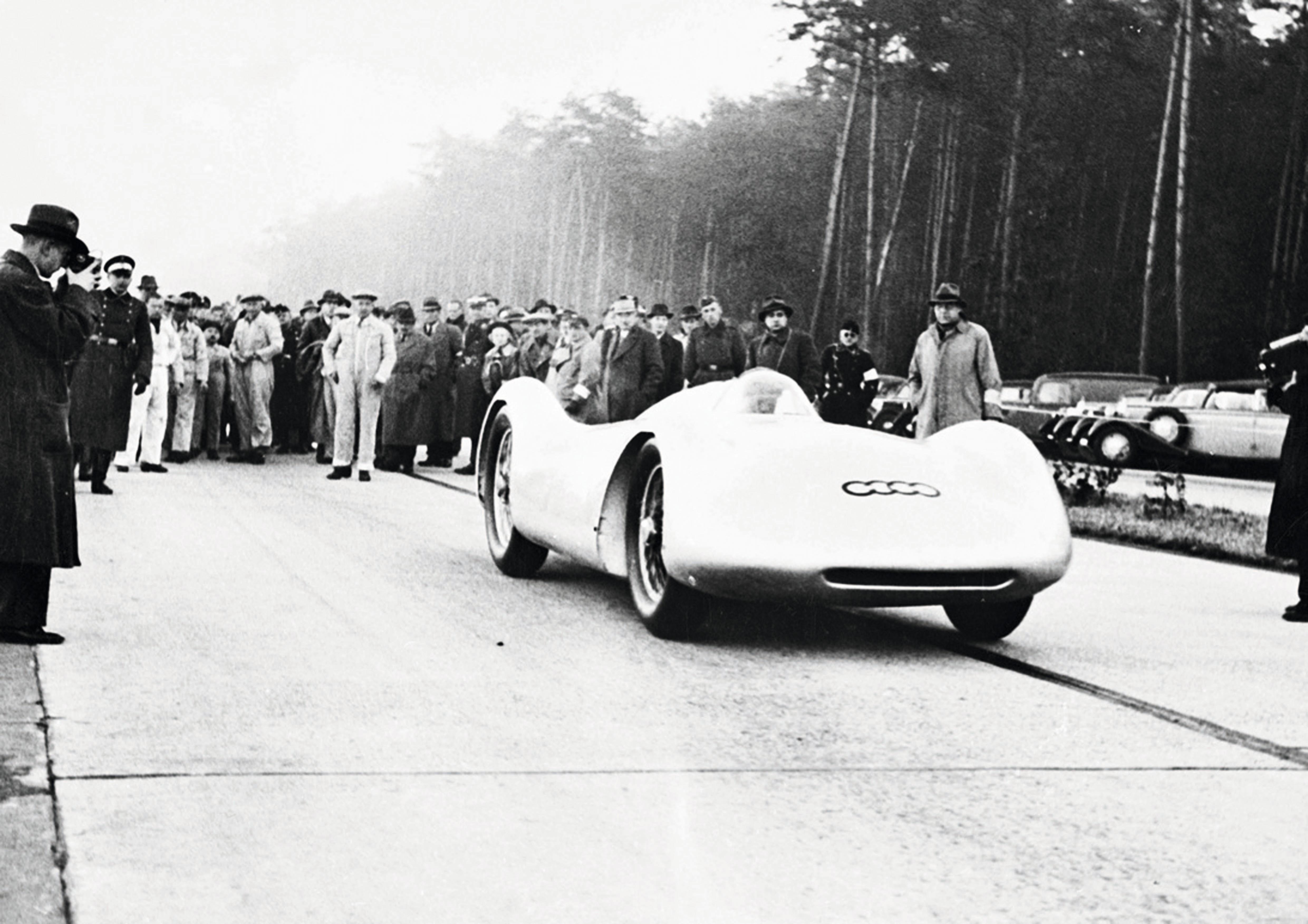 Rosemeyer var den utvalgte piloten når Auto Union skulle sette rekorder på Autobahn.