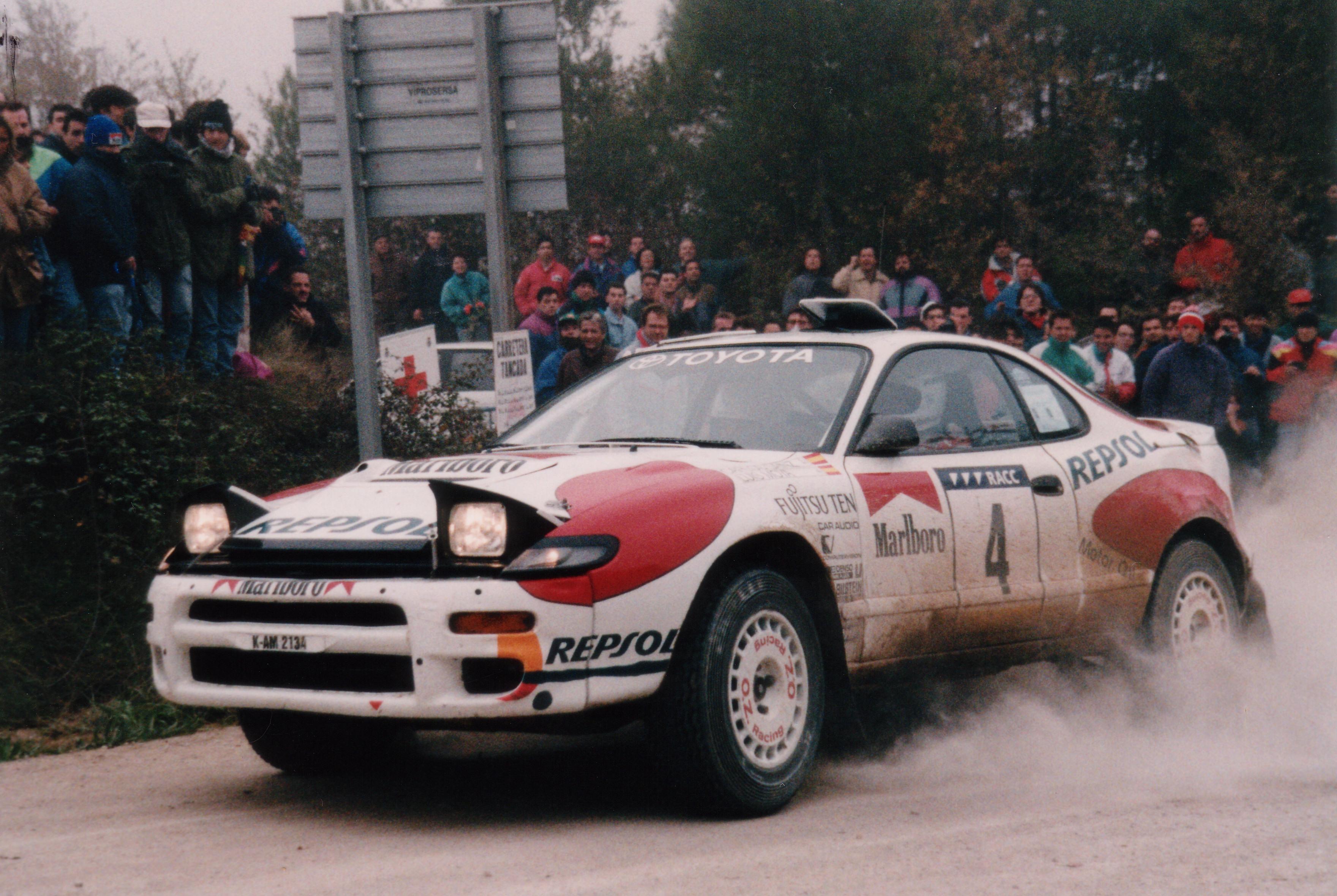 Carlos Sainz er kanskje mest forbundet med den nydelige Celica GT-4 ST185, som han vant VM med i 1992, og som resulterte i en egen gateutgave kalt Carlos Sainz Edition.