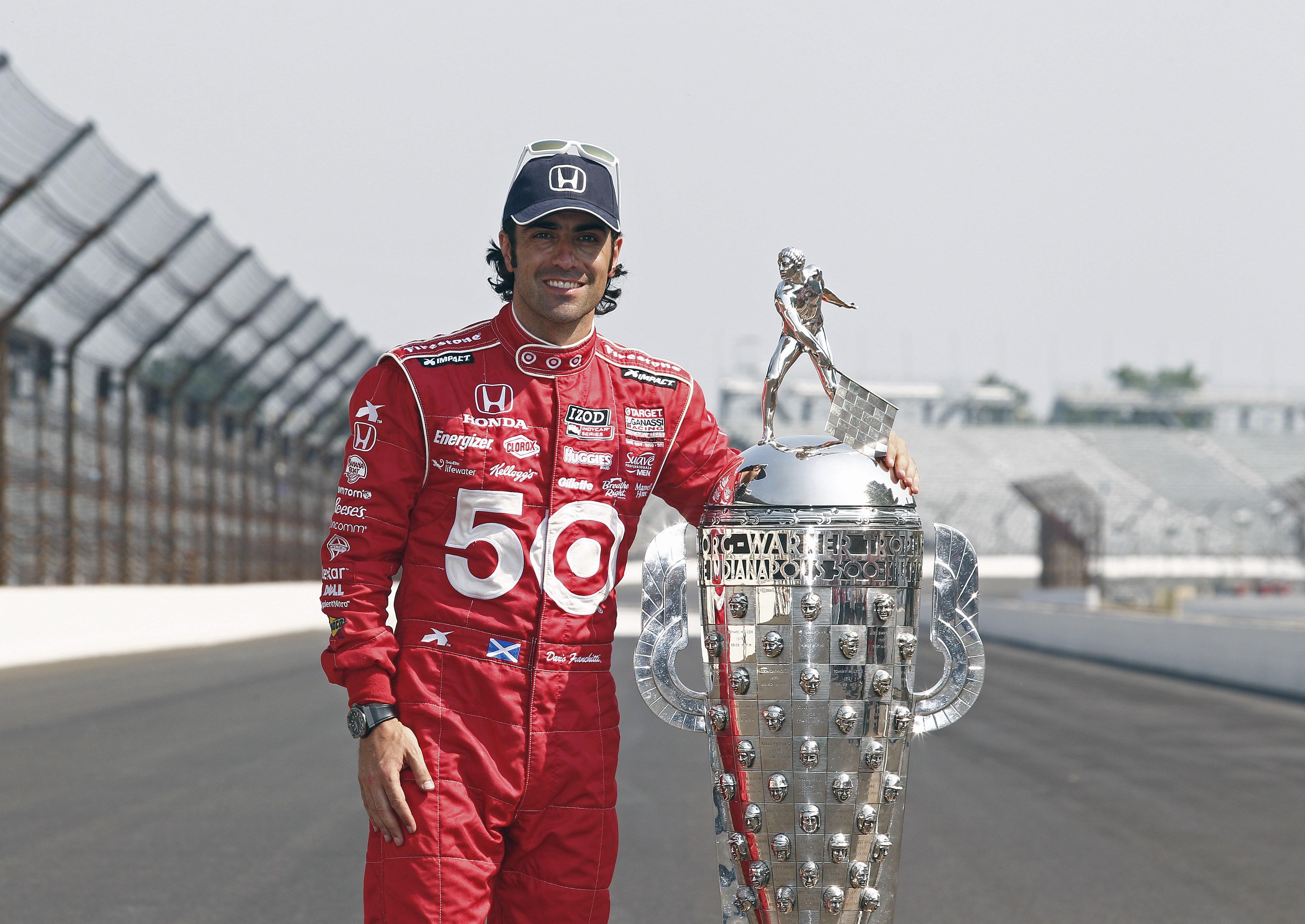 Dario etter å ha vunnet Indy 500 for tredje gang i 2012. Foto: Indianapolis Motor Speedway