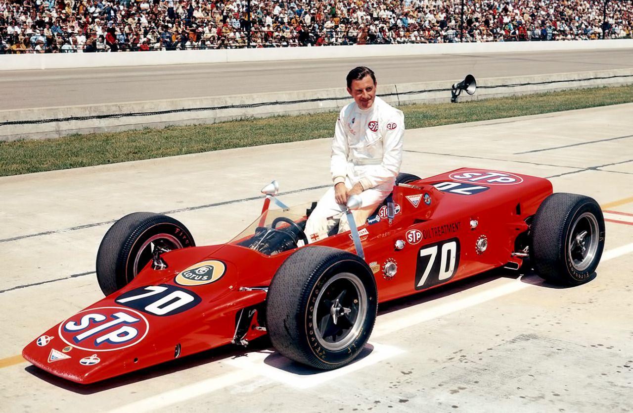 Hill kjørte Indianapolis 500 tre ganger (1966-68), her i sin Lotus 56 med gassturbinmotor i 1968 (Hill skulle også kjøre i 1969, men under trening trakk teamet seg grunnet tekniske problemer) Foto: Indianapolis Motor Speedway