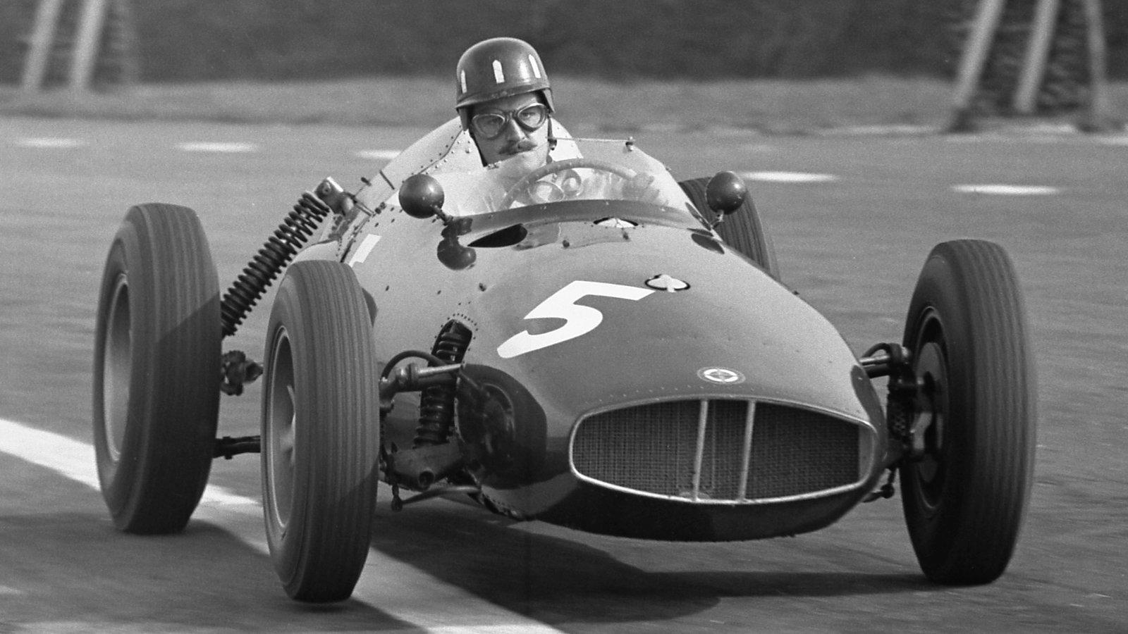 Hill skapte seg et navn hos BRM, hvor han kjørte første halvdel av sekstitallet.