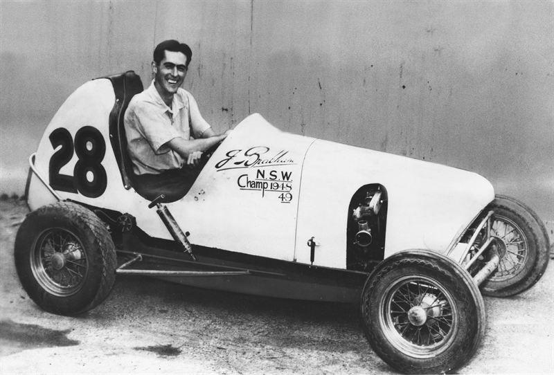 En ung Jack Brabham i sine Midget-dager i Australia.
