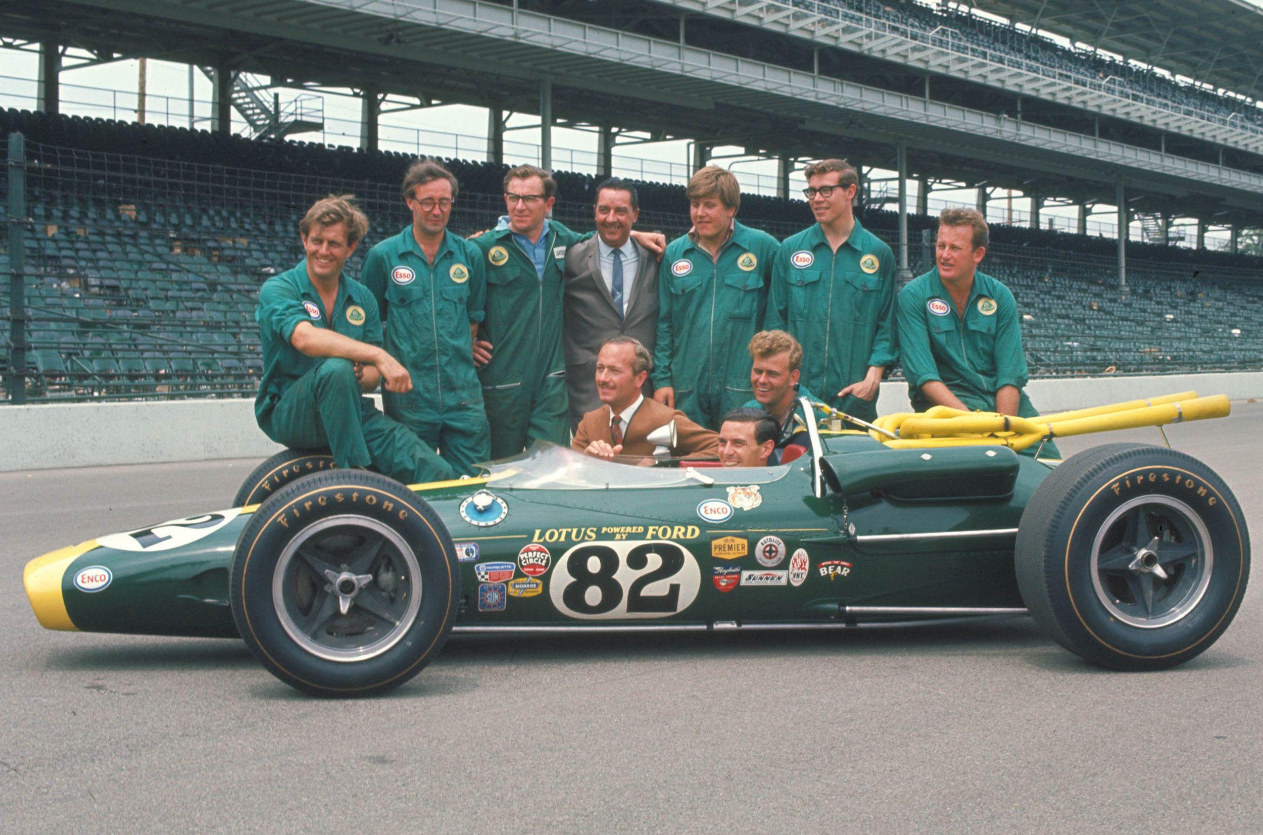 Jim Clark var den raskeste mannen på den fryktede Indianapolis-banen fra 1963 til 1967, og forandret racinghistorien med sin seier der i 1965.