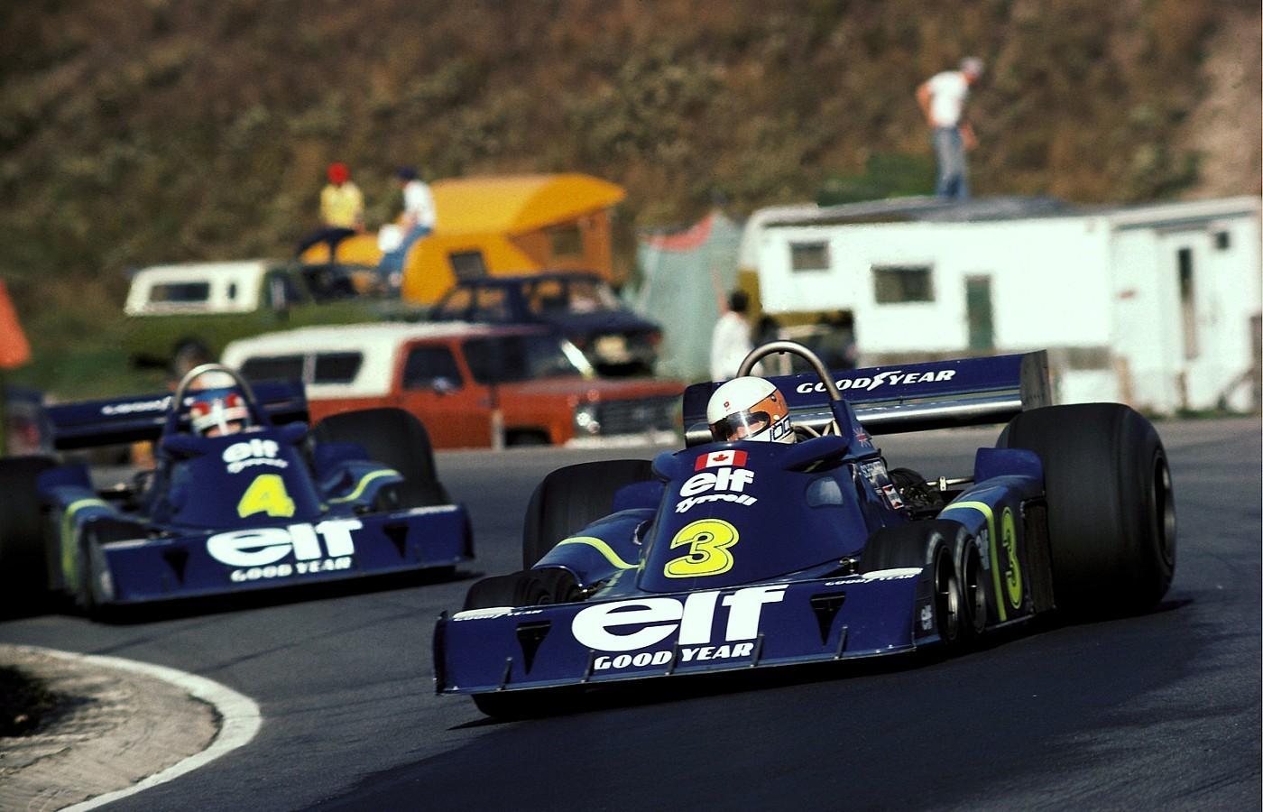 Scheckter skapte historie da han vant et Formel 1 løp i 1976 med en 6-hjulet bil. Her er han og teamkamerat avbildet i Canada GP 1976.