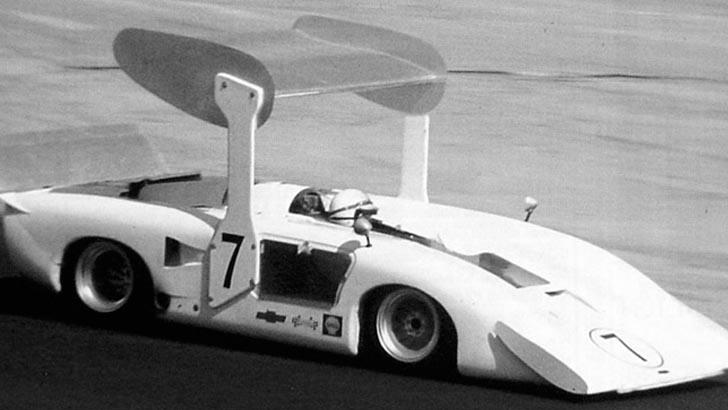 Surtees likte ikke Chaparral 2H, en vanvittig racerbil hvor marktrykk var hovedtemaet.
