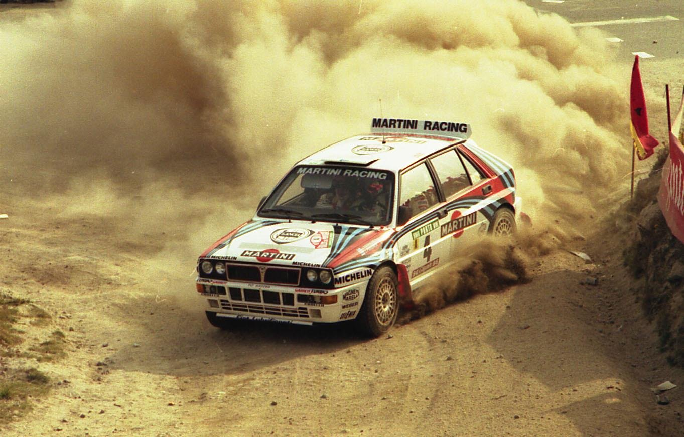 Juha tok VM-titler både for Lancia og Toyota på tidlig 90-tall, i en tid da Deltaen og Celicaen var de store rivalene. Her i Lancias ikoniske Delta Integrale.