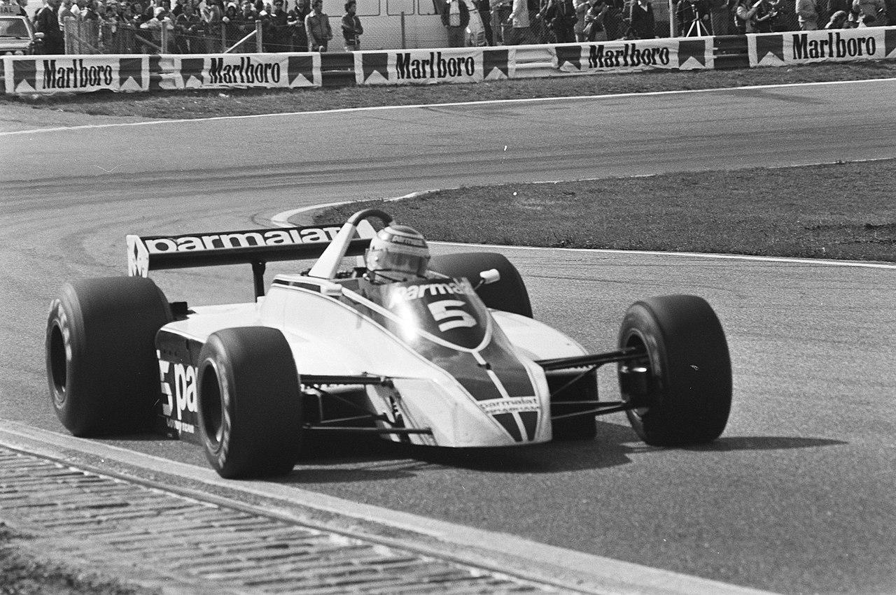 Nelson Piquet var med å kjempe om VM-tittelen i 1980, hans andre hele sesong, her på vei mot seier i Nederland GP i sin Brabham BT49.