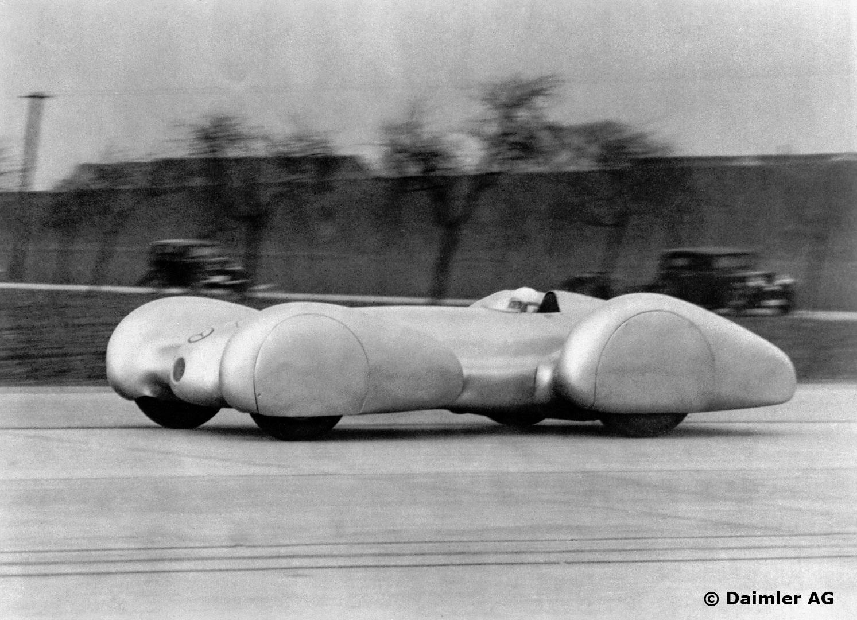 Caracciola satte ny rekord for 3-liters biler i 1939 med 399 km/t i snitt på Autobahn. Foto: Daimler AG
