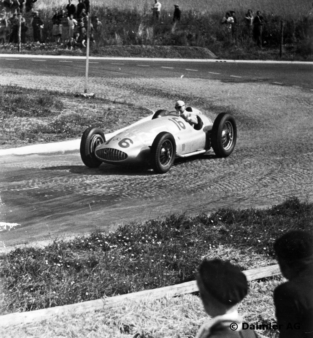 I 1939 var ikke lenger Caracciola så makeløs som han tidligere hadde vært, men hadde en fortsatt en sjanse til tittelen idet krigen startet. Foto: Daimler AG