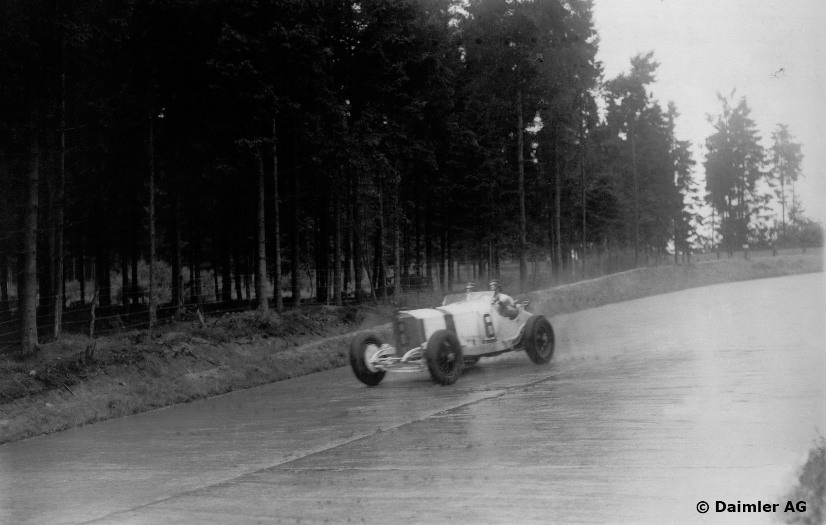 Kongen av Nürburgring? Svaret må bli Rudolf Caracciola. Foto: Daimler AG