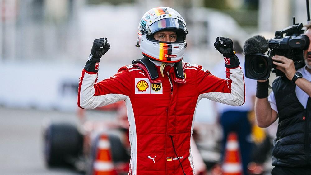 Det så lenge ut til at Vettel kunne bli verdensmester i 2018. Her har han akkurat tatt Pole Position i Azerbadsjan GP, og verden ser lys og bra ut.
