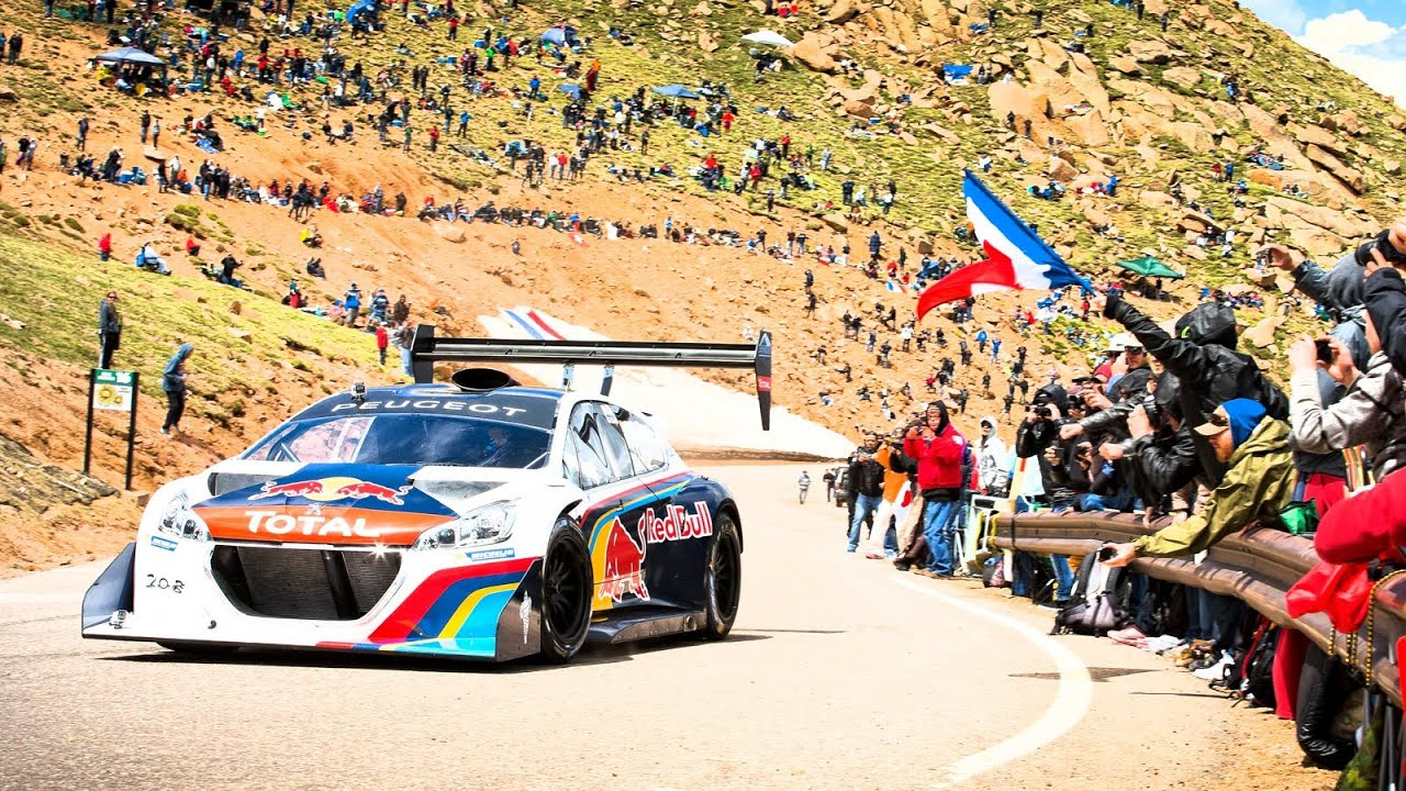 Loeb dukket opp på Pikes Peak i 2013 i en Peugeot 208 T16, og fullstendig pulveriserte bakkerekorden.