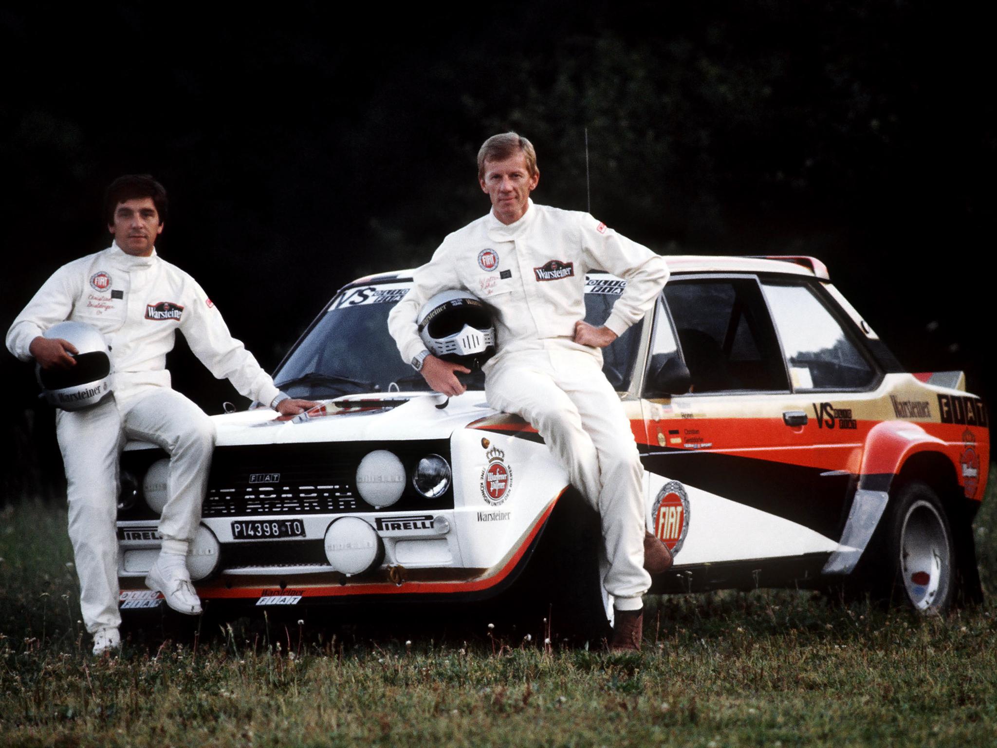 Walter Röhrl var stjerne for Fiat fra 1976 til 1980, og tok hjem VM-tittelen i 1980. Her sammen med sin trofaste kartleser Christian Geistdörfer. De to kjørte sammen fra 1977 til 1987. Foto: Fiat