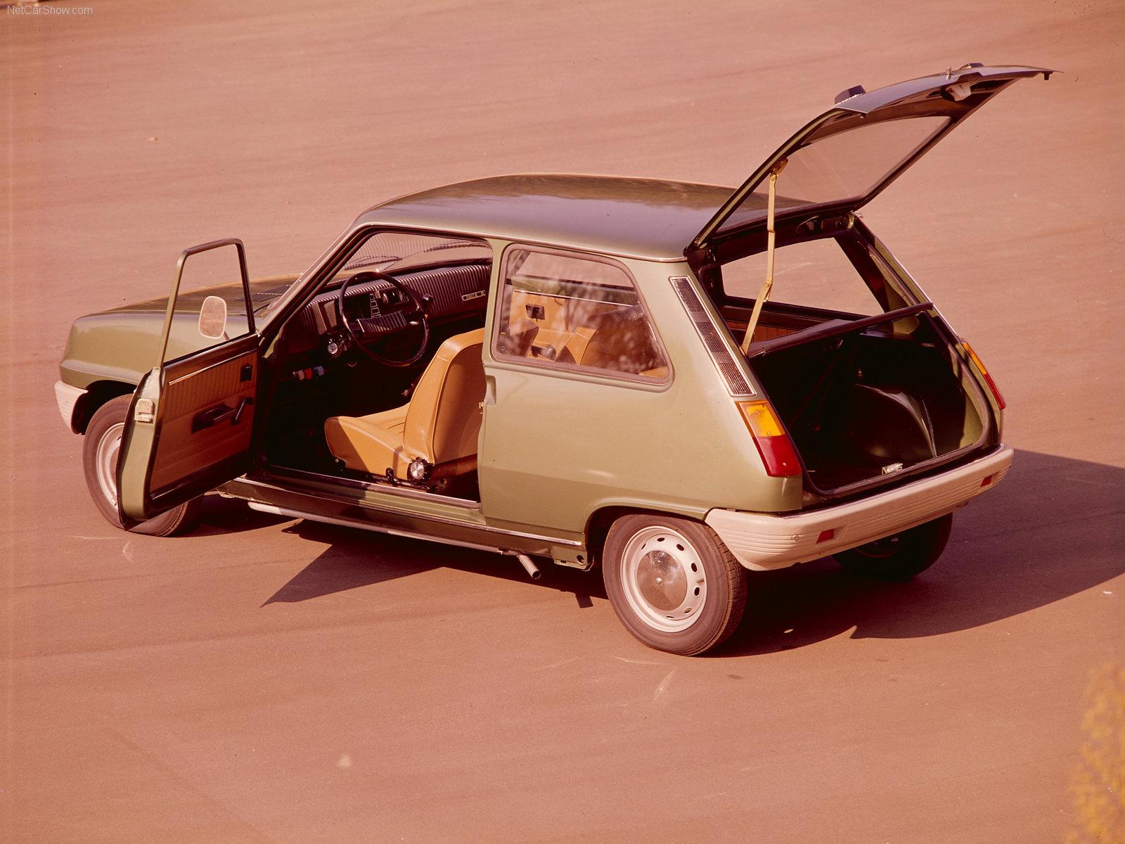 Renault 5 var en praktisk liten småbil på mange måter.