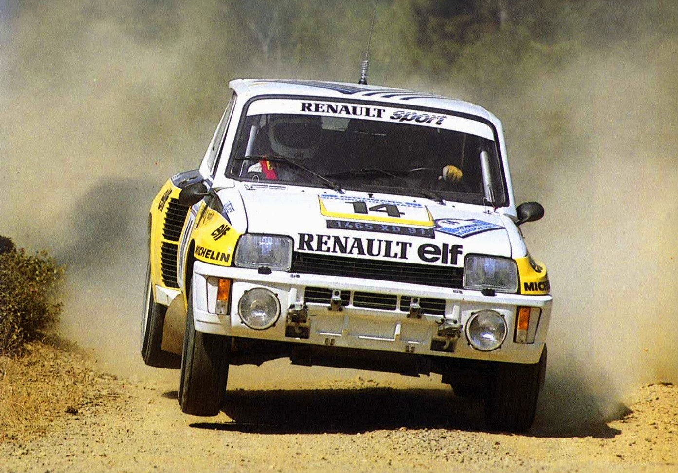Jean Ragnotti i sin Renault 5 Turbo under Akropolis rally i 1983.