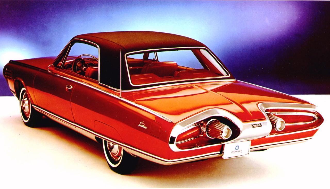 Bakenden var klart mest vellykket på Chryslers turbinbil, og spesielt lyktene utformet som sluttpartiet på en stor turbojetmotor fra et jagerfly var en innertier rent designmessig.