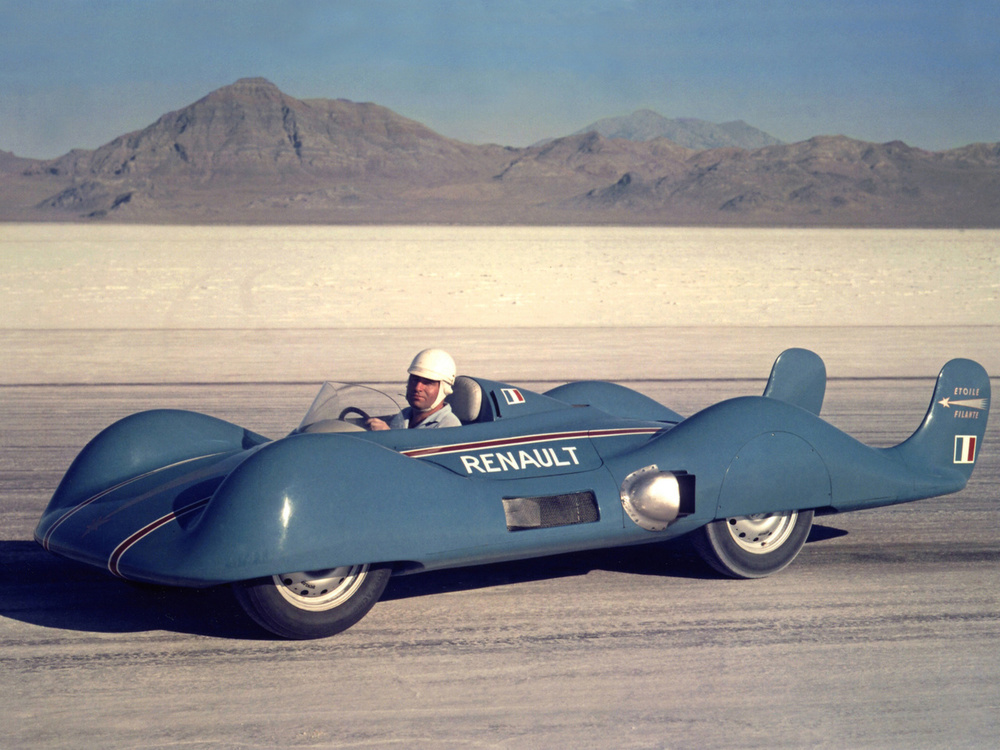 Renault satte ny fartsrekord for en jetdrevet bil med 307 km/t på Bonnevilles saltsletter i 1956.