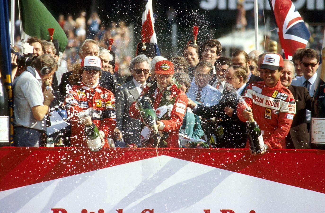 Seierspallen etter Storbritannia GP 1982, med Niki Lauda i McLaren som seierherre, og Ferrari-paret Pironi og Tambay på henholdsvis andre og tredjeplass. Foto: McLaren