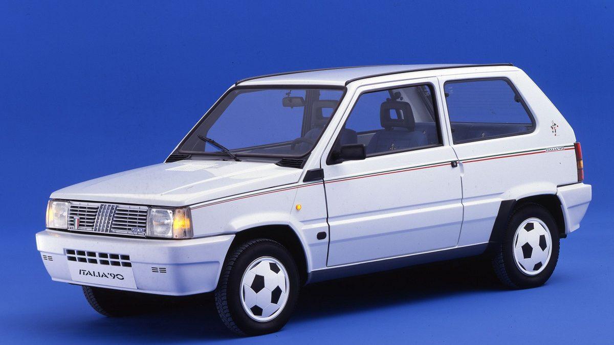 Liker du fotball? Da er Fiat Panda Italia 90 kultbilen for deg!