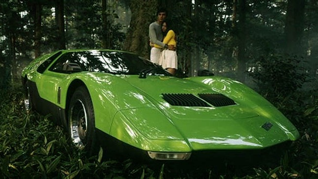 Bilen var en periode grønn, som på dette brosjyrebildet.