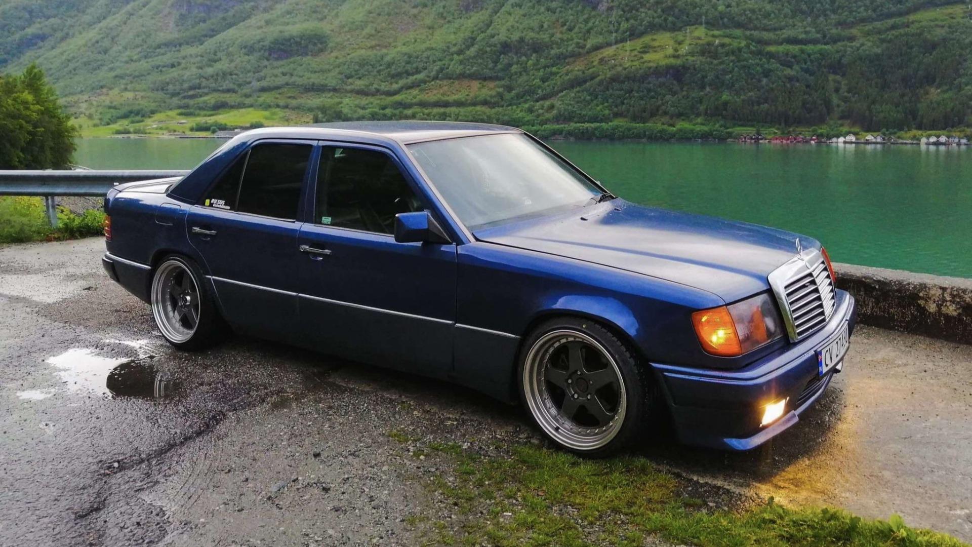 Ukas bil – Mercedes-Benz W124