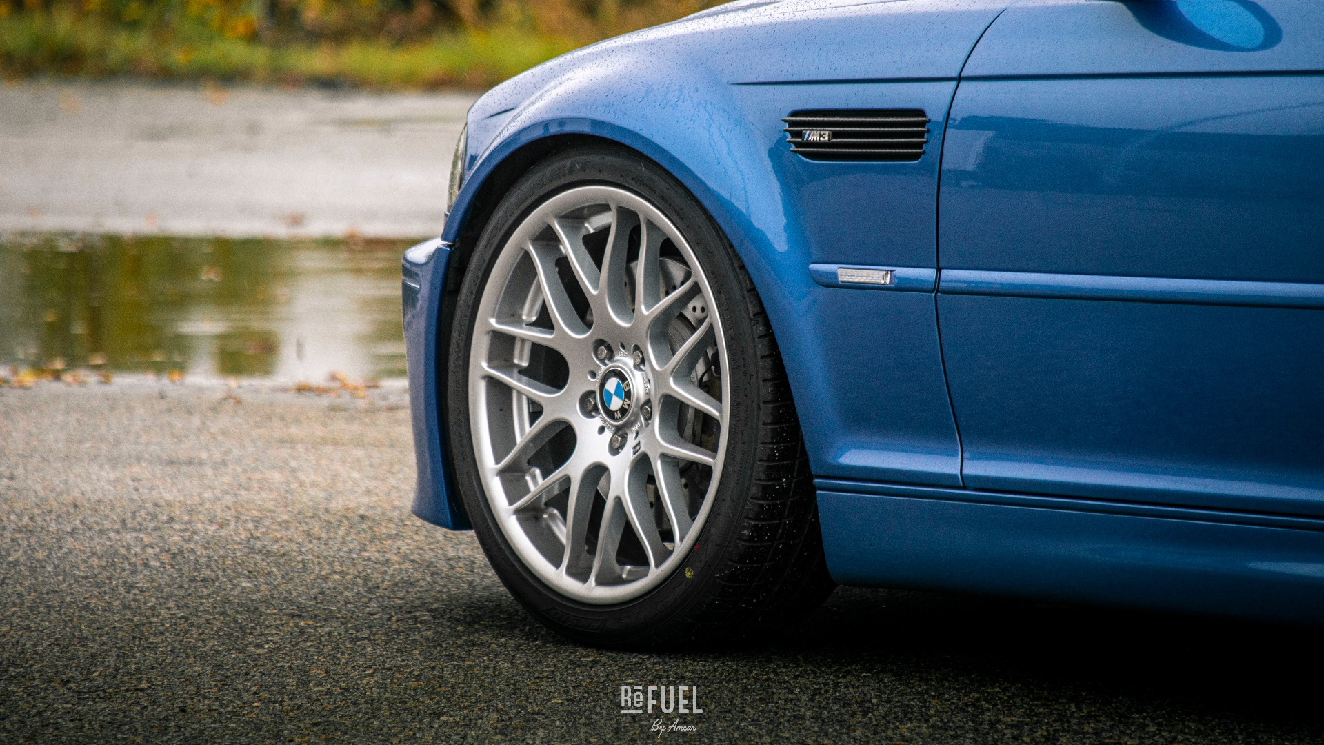 Vakre hjul og deilige karbon-detaljer på gjellene.