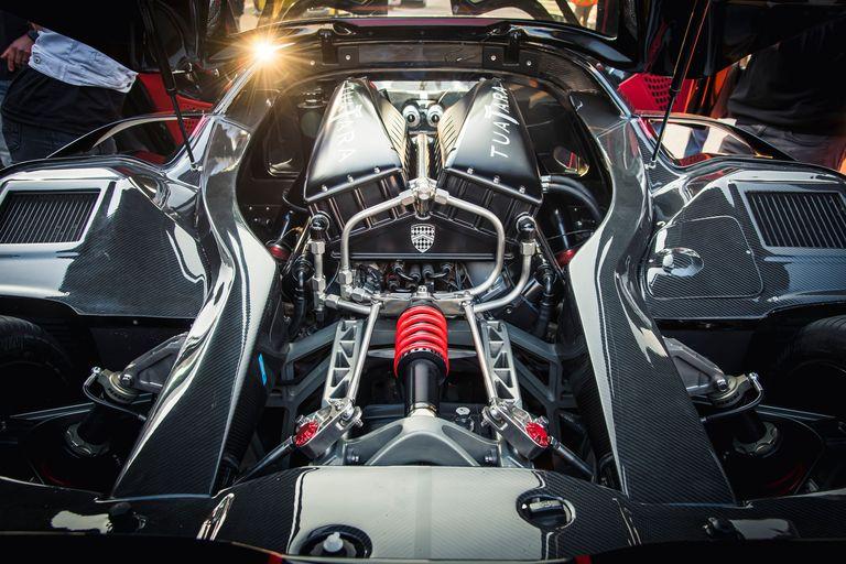 V8 på 1750 hk.