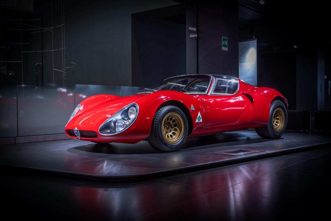 Alfa Romeo 33 Stradale: Av kjennere betegnet som en av verdens fineste superbiler som kom fra racerbanen til salgslokalet.