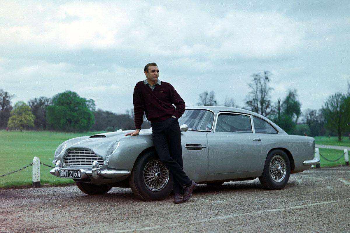 Aston Martin DB5: Udødeliggjort gjennom James Bond filmene – og skapte sensasjon i filmen Goldfinger fra 1964. Den dukker fortsatt jevnlig opp i filmene om den britiske agenten.