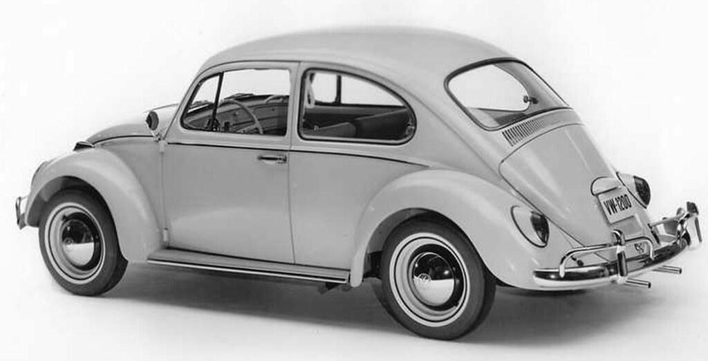 Som Ford Model T, er Volkswagen Boble legendarisk – men den første «moderne» bilen til folket. Her kunne vi hatt Mini eller 2CV også – men har valgt «folkevogna».