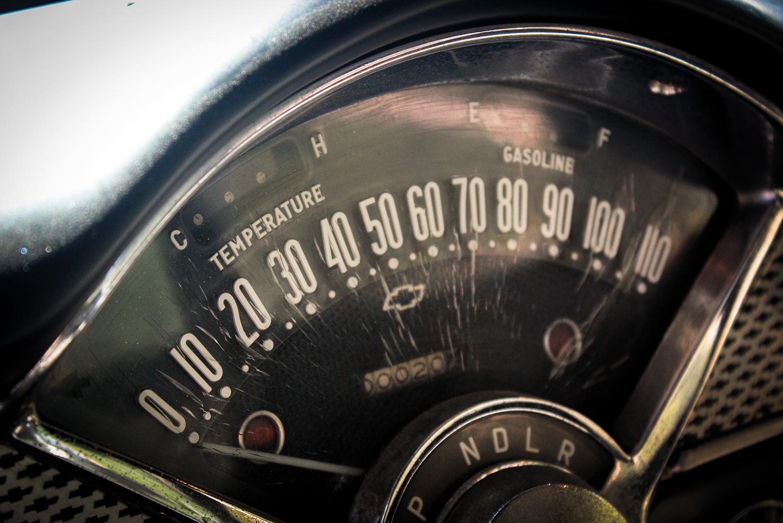 Sprukket speedometer fordi hvorfor ikke?