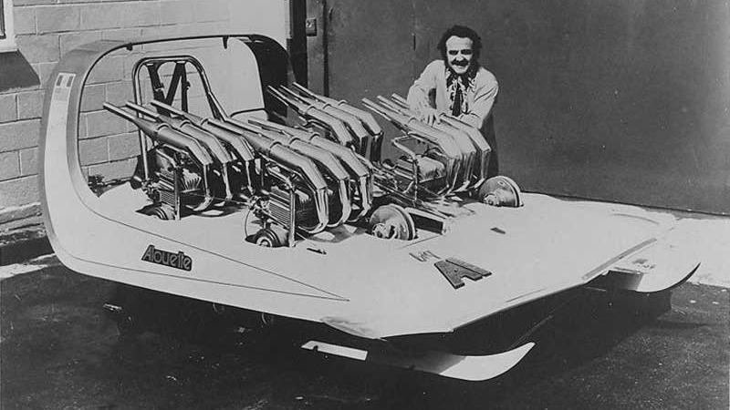 Alouette hadde fire motorer. Den ble bygd av legenden George Barris