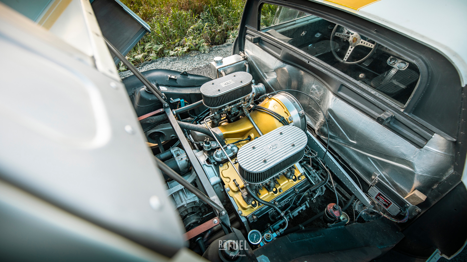 Høykompresjonsmotor boret til 2,5 liter fra en 1972 Porsche 911.