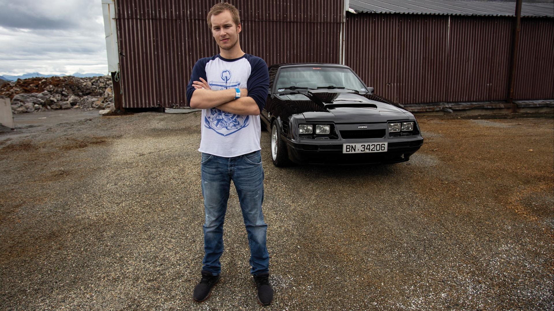 Tom Henriksen med sin Fox body.