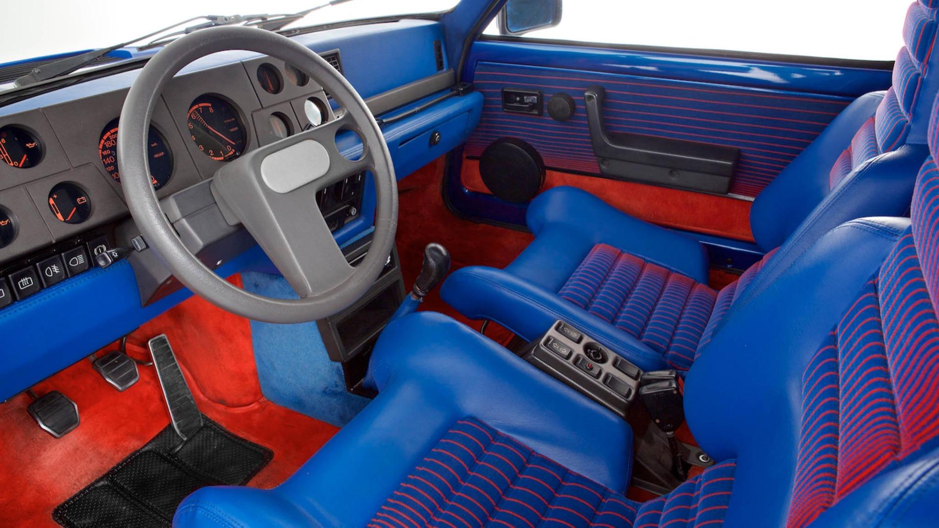 Renault 5 Turbo interiør