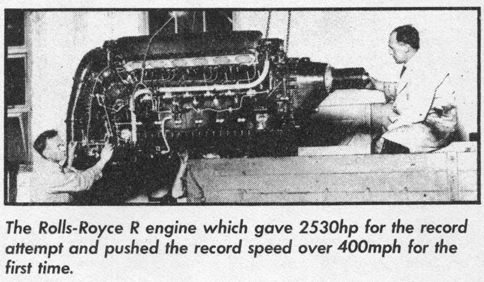 Her ser man motorens størrelse