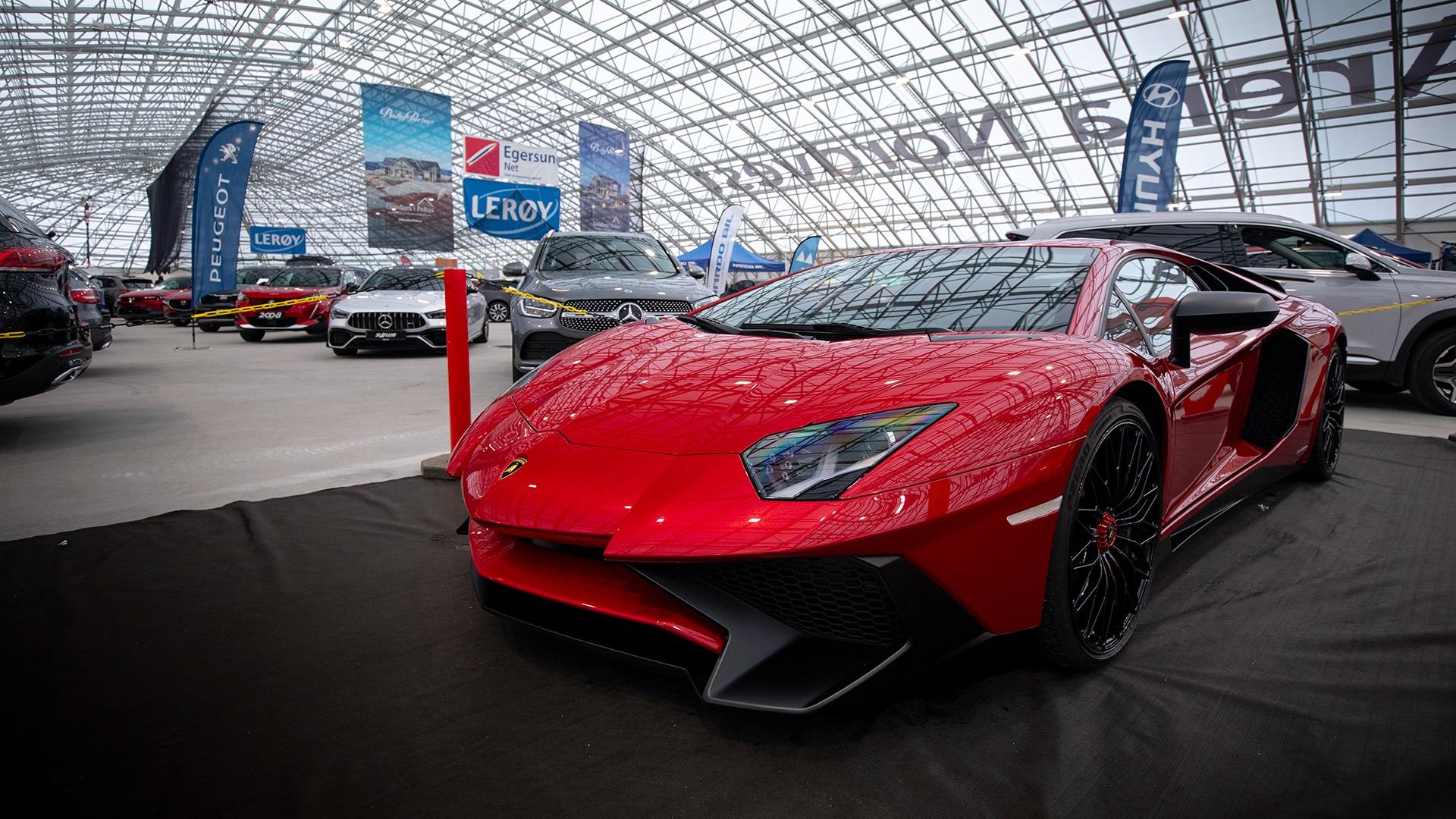 Man blir matt i knærne av mindre. En nydelig Lamborghini Aventador.