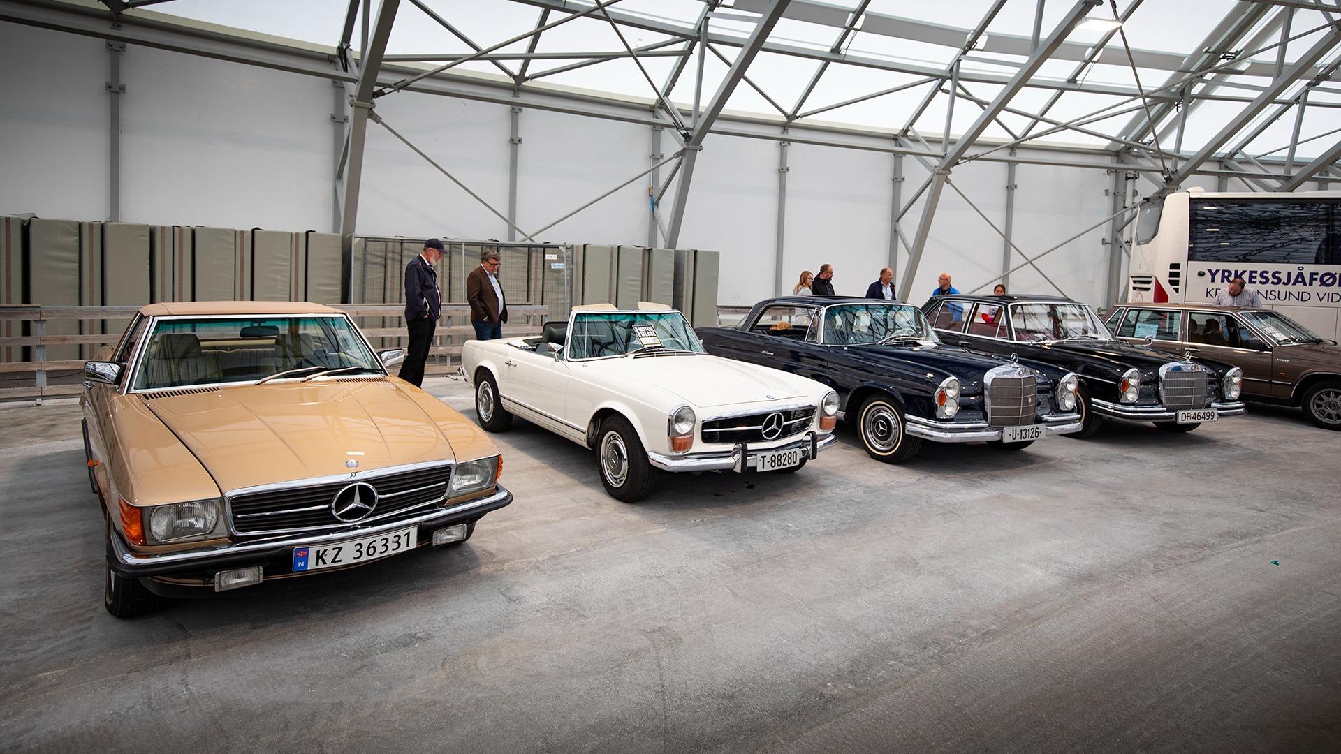 I Mercedes-hjørnet fant man stjernebiler for enhver smak.